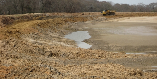 Tanks ponds lakes archives farm and ranch construction for Small pond dam design